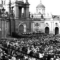 Potsdam im Hof des Stadtschlosses am 24. Juni 1942
